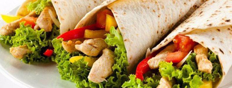 Новинка: тортилья с курицей и авокадо