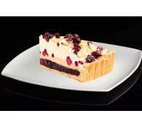 Торт Брусничный с белым шоколадом.